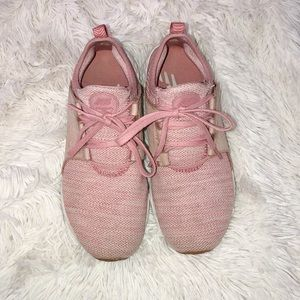 New Balance blush pink tennis shoes